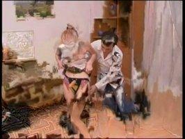На хате турчанка трахает своего друга