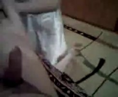 Азер одел резинку на член и трахнул свою любовницу