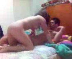 Классная шлюха перепихнулась с возбужденным азером у него в комнате