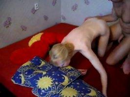 Чеченец чпокнул блондинку и слил ей сперму в рот