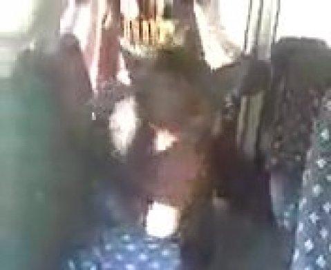 Чеченская шлюха ебется с попутчиком в машине