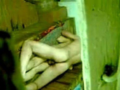 Поимел зрелую узбечку в сауне