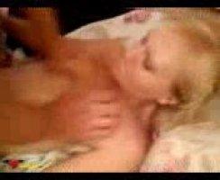 Жесткий секс молодых якутов в постели